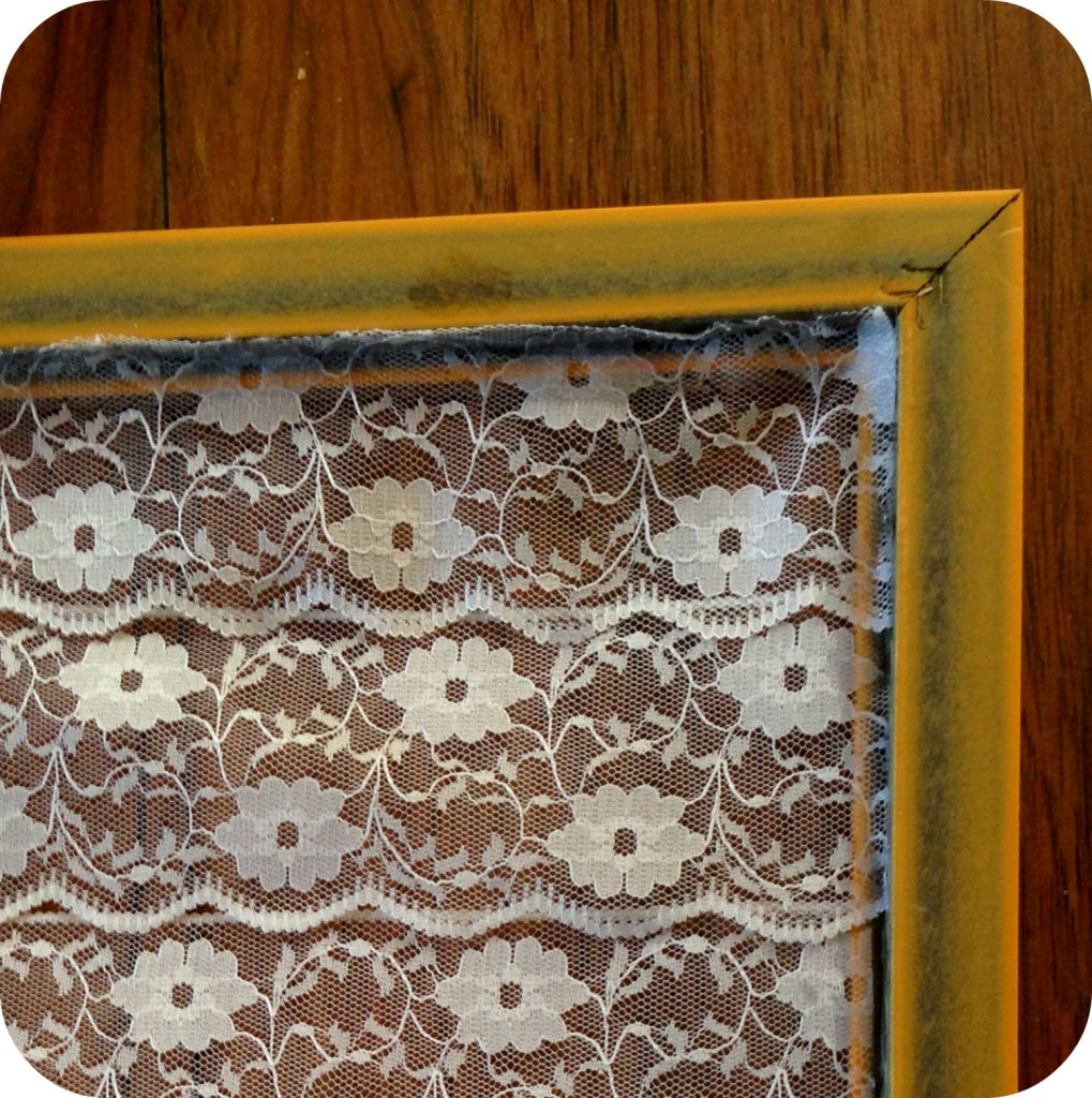 lace-earring-holder-3