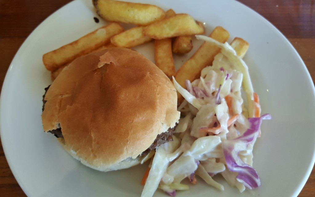 clarence-pier-brewers-fayre-kids-burger