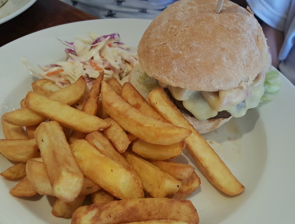 clarence-pier-brewers-fayre-newyorker-burger