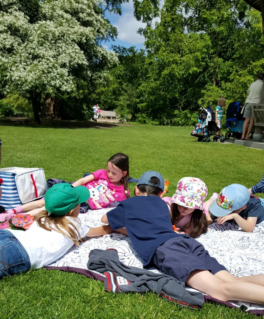eggnogg-colour-in-picnic-blanket-2