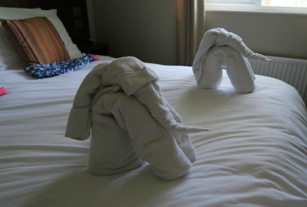 sherwood-forest-villa-towels