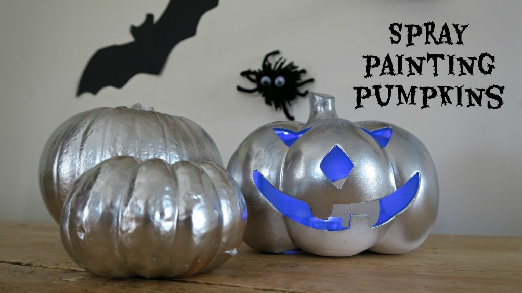 spray-painting-pumpkins