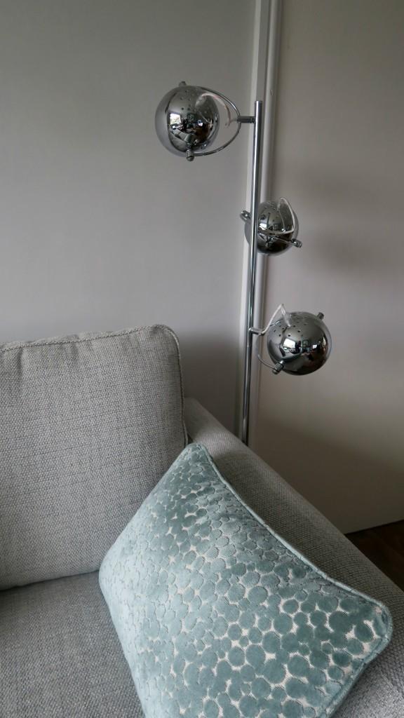 value-lights-eye-ball-lamp-3