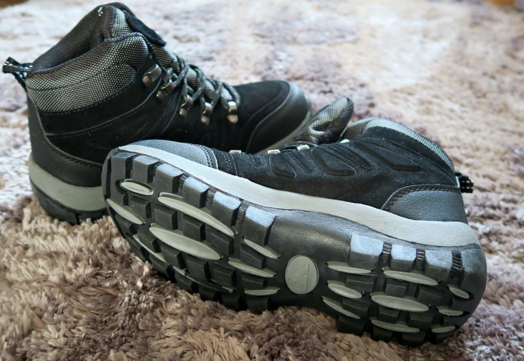 tresspass-walking-boots