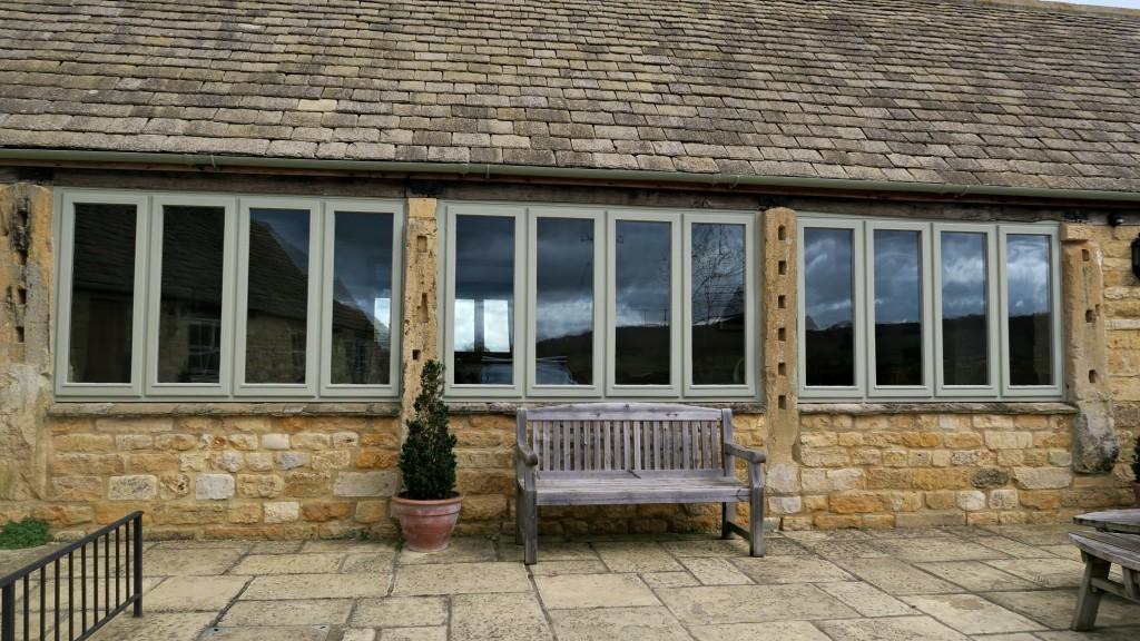 groves-barn-windows