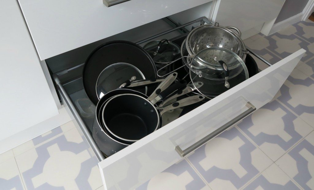 kitchen-renovation-finished-pan-drawer