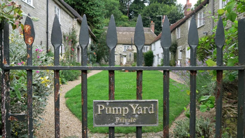 pump-cottage-shaftesbury