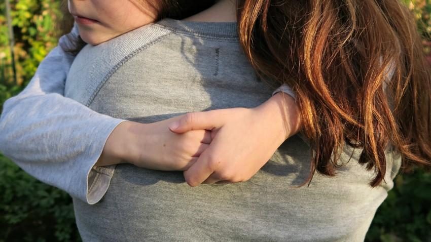 hands-cuddle-little