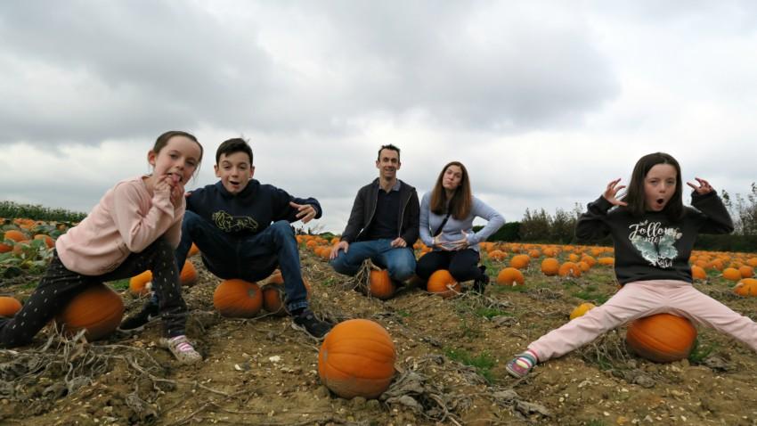 pumpkin-field-family-pumpkin