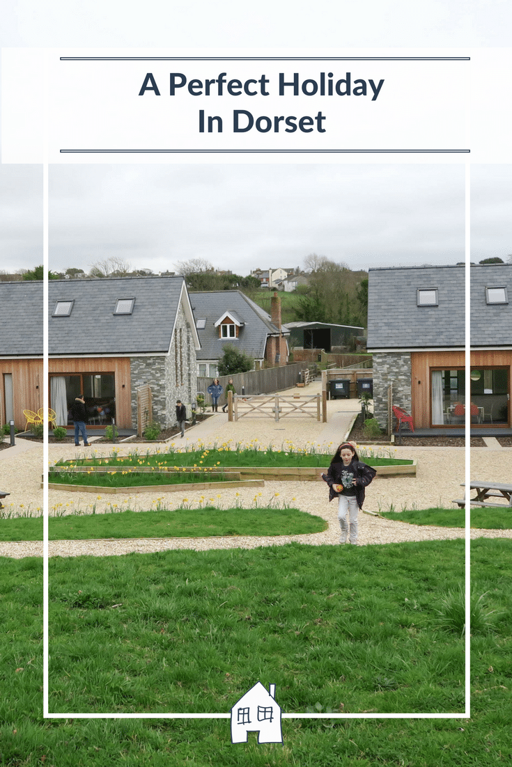 Are you looking for a holiday in Dorset, then take a look at what we got up to in Upwey Dorset. Our Sykes Cottages property review, places we visited in Dorset. Country walks, Maiden Castle and Weymouth Beach.