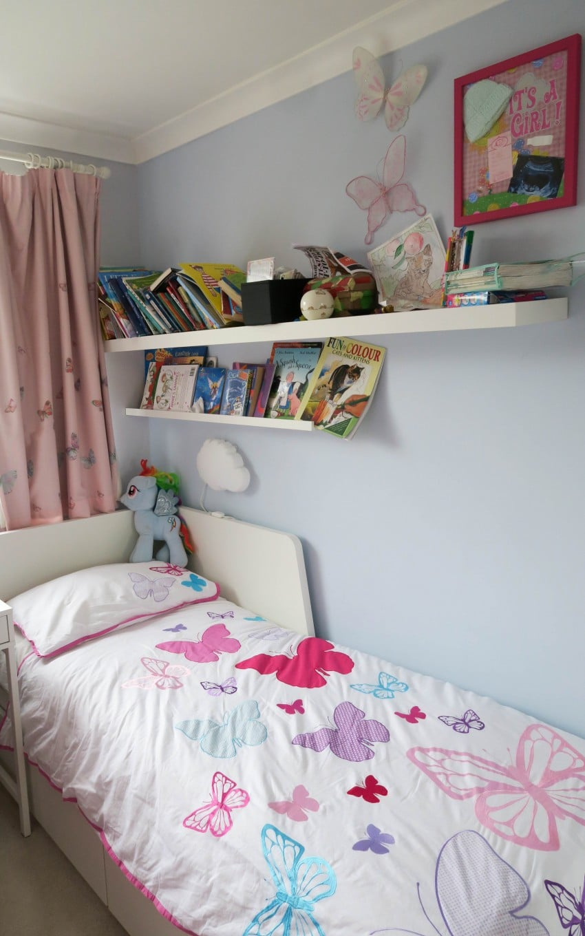 I am always on the look out for ways to keep my kids room tidy, so I listened to many other Mums ideas on how they keep their kids room tidy. We can all help each other out!